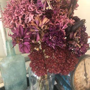 Dried floral arrangement rustic home